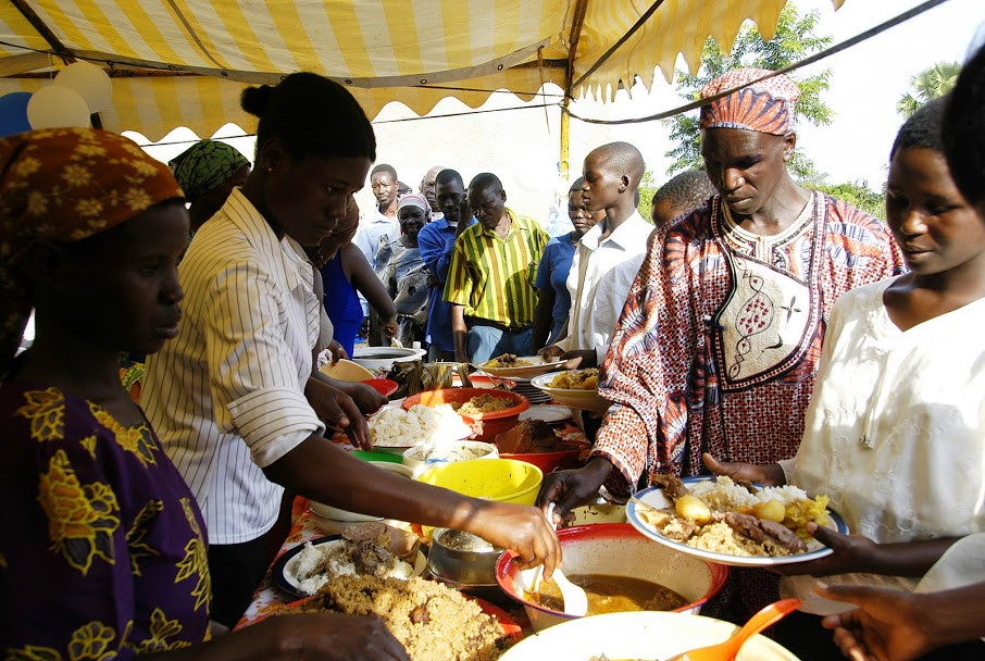 Ugandan food, ugandisk mat, party, fest, chicken, rice, pilau, wedding, feast