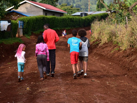 Det meste du trenger å vite før du pakker sekken til Ugandatur!