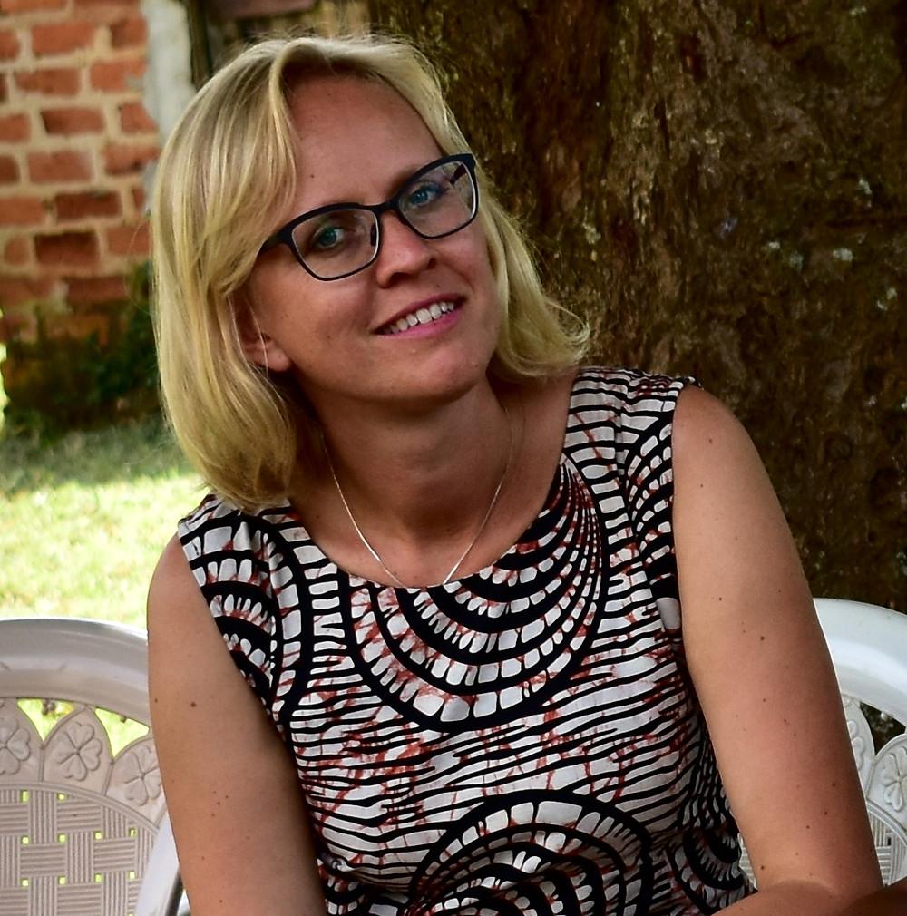 Ingeborg Sæbø Oluka, Alakara reiser