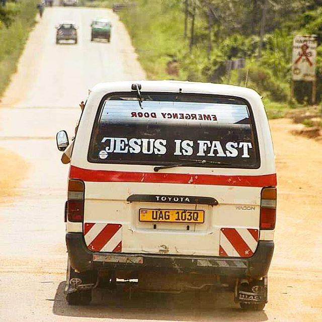 Uganda, taxi, toyota hiace, alakara reiser