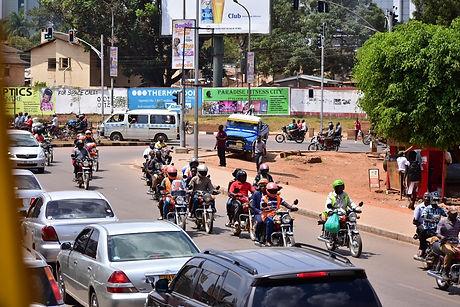 Kampala traffic, Alakara reiser