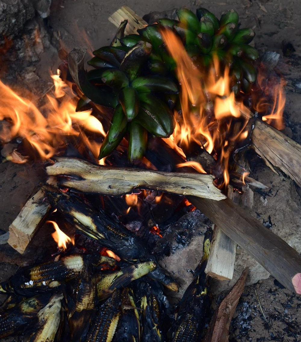 Kapchorwa, Alakara reiser, home of friends, maize, matooke, bonfire