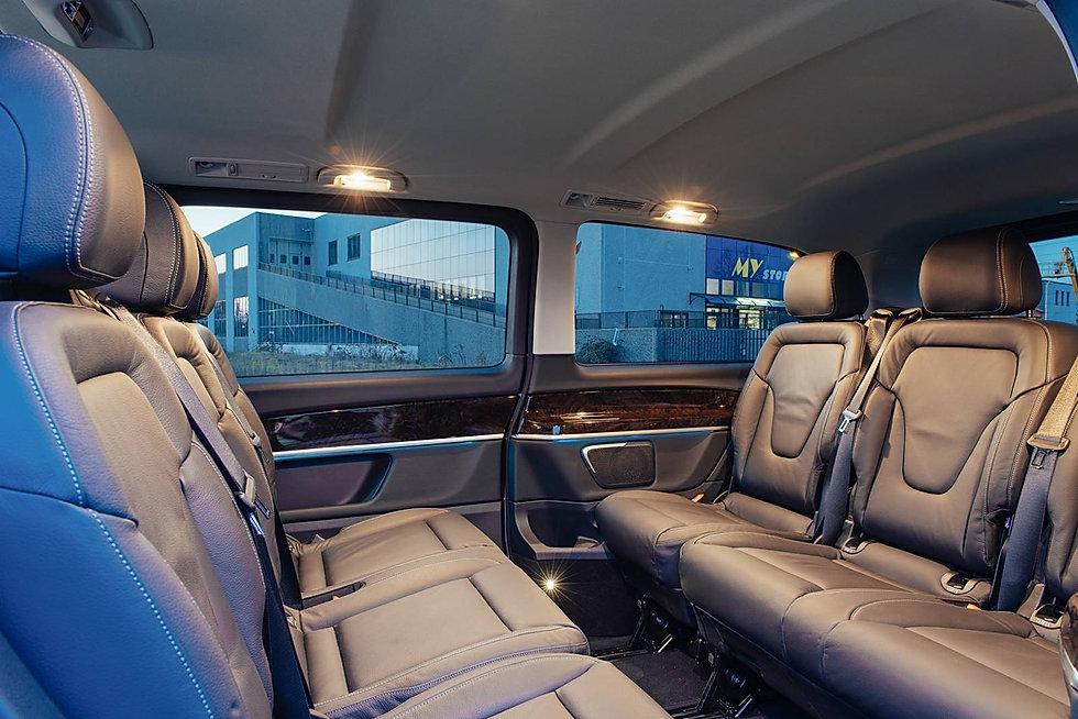 chauffeur privé guadeloupe satevan luxe haut de gamme minibus salon lounge limousine