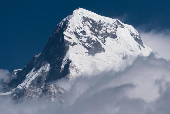 Annapurna South (7.219m)