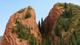 Jety Oguz (Red Rocks)