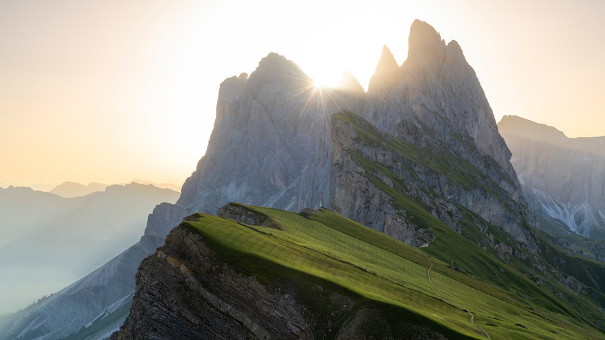 Seceda Sunrise.jpg
