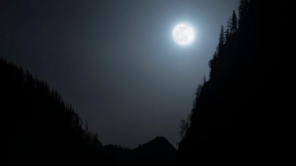 Brigth Moon