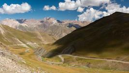High Pass Road