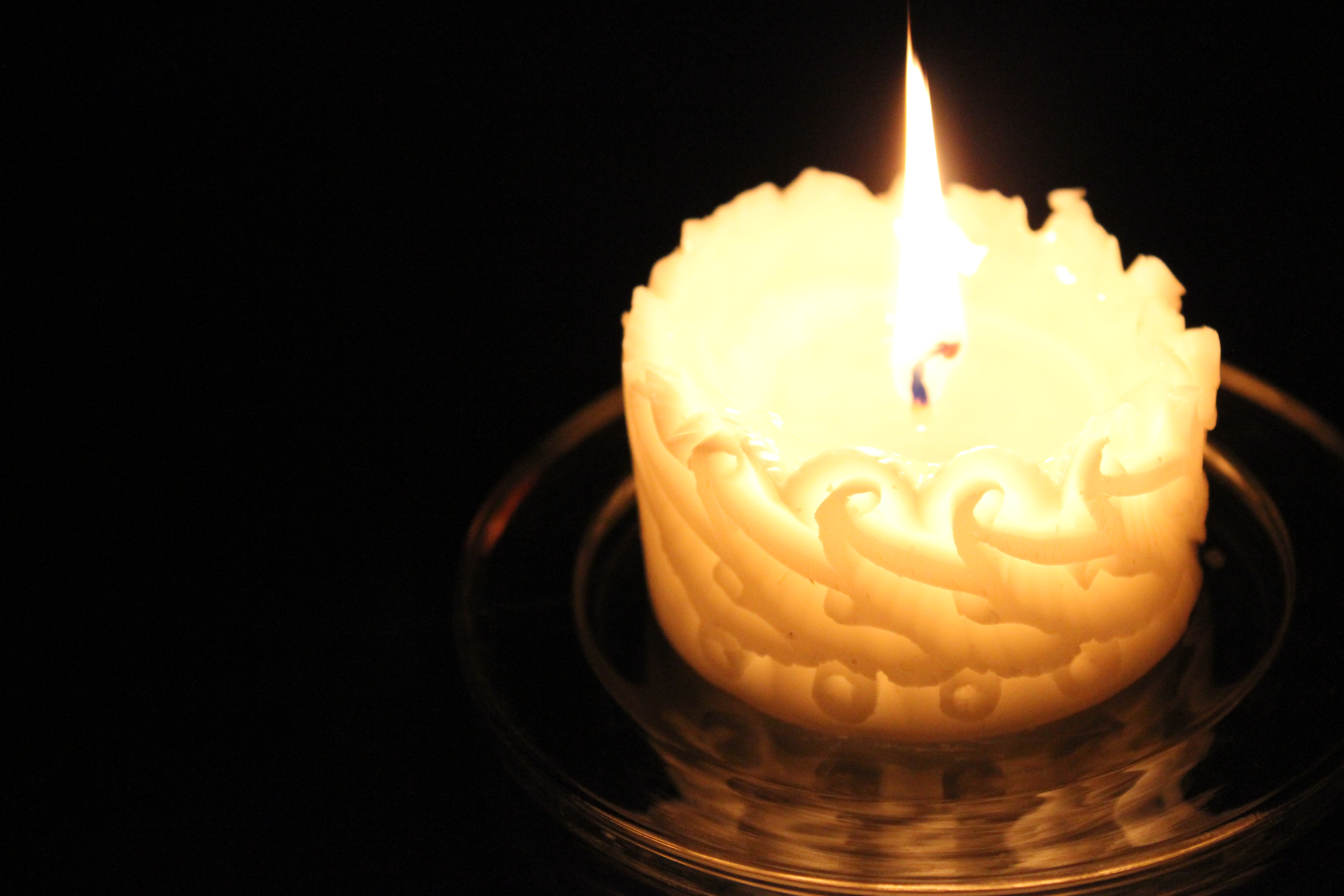 carving candle 002
