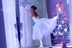 NAZ Winter Arts Performance 120717 ALEC_5335
