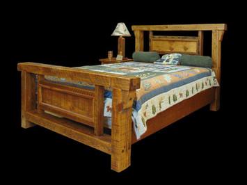 Barnwood Queen Size Bed