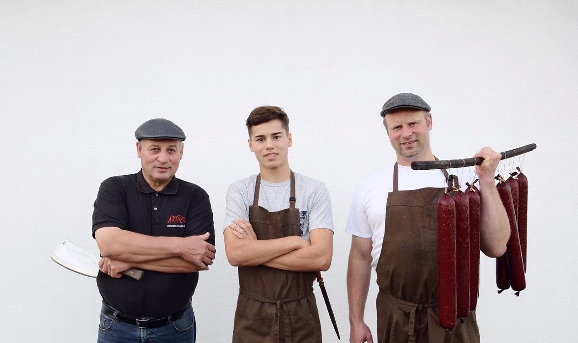 3 Generaionen der Dorffleischerei Arthold Zellernorf