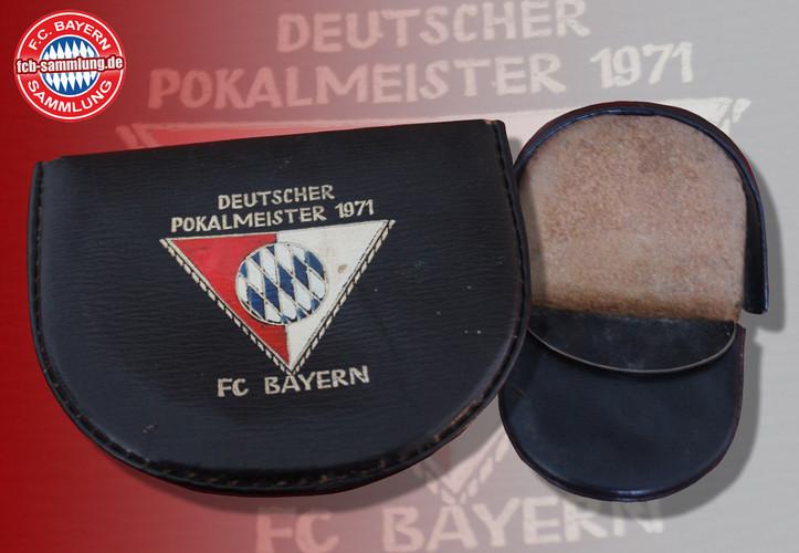 Ledergeldbörse anlässlich des DFB-Pokal-Sieges 1971 gegen den 1. FC Köln