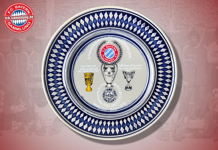 Abbildung der Vereinserfolge bis 1976  Durchmesser 18 cm