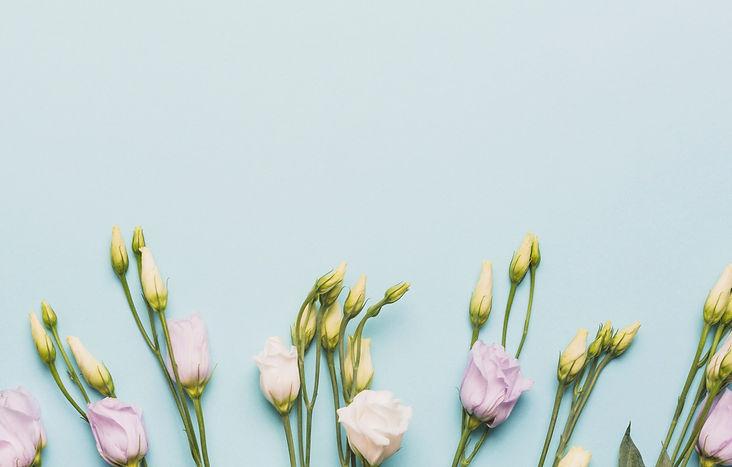 tsvety-butony-eustoma-flowers.jpg