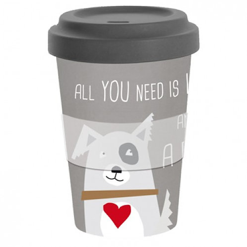 Reisbeker 'All you need is love and a dog'