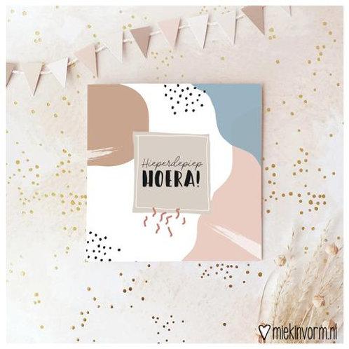 Hieperdepiep HOERA! - dubbele kaart met envelop