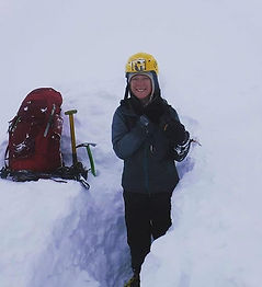 Digging a snowhole