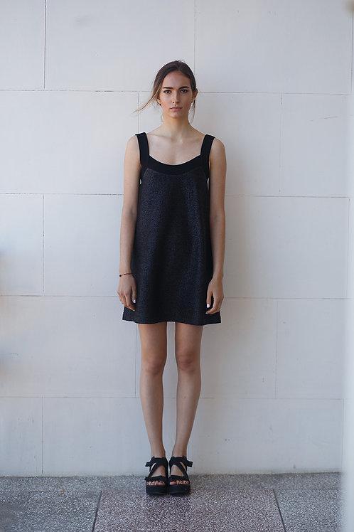 Платье из рафии