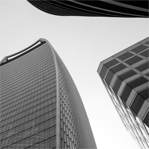 London_Looking Up_03