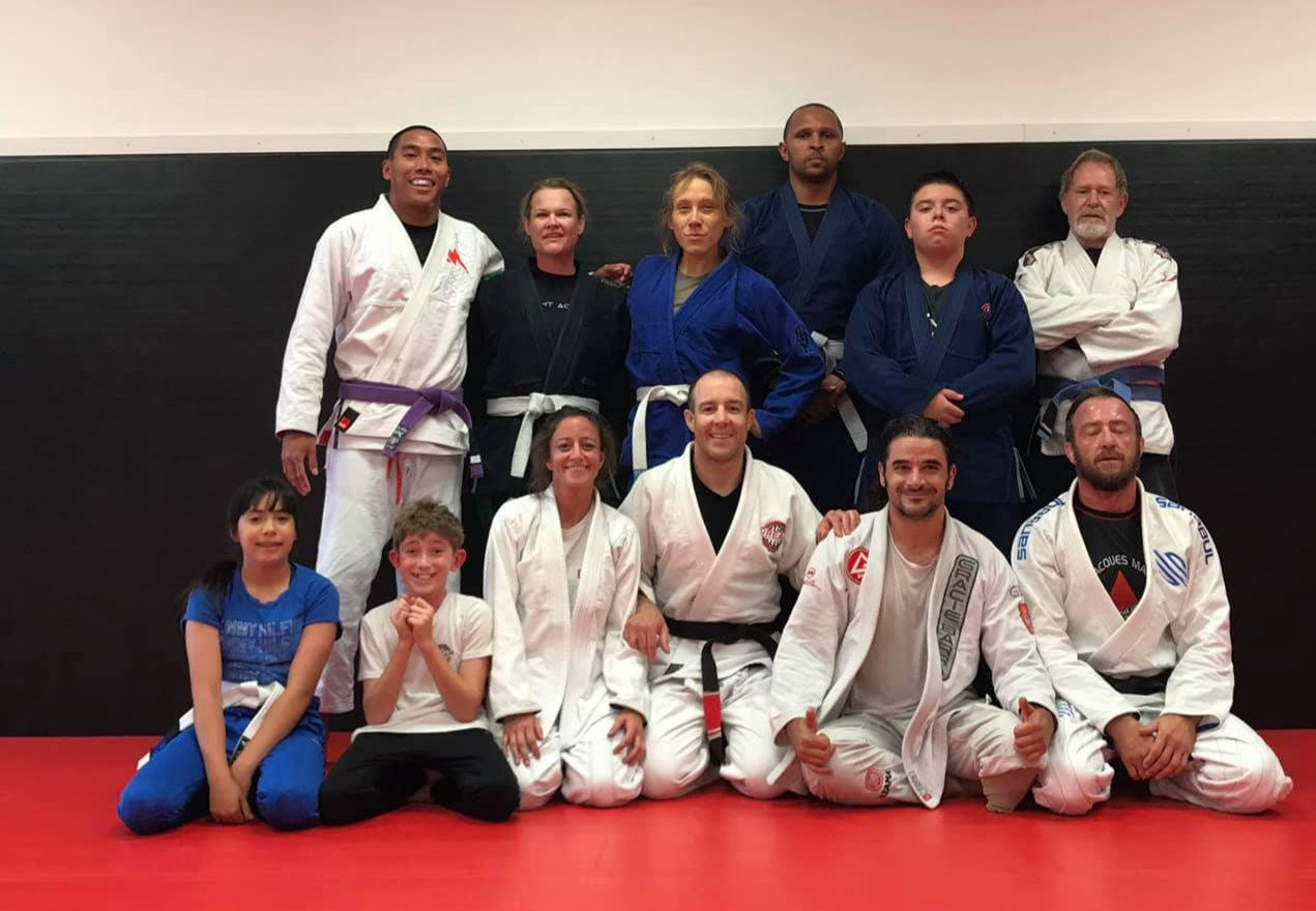7pm Friday+Saturday Beginner Jiu-Jitsu
