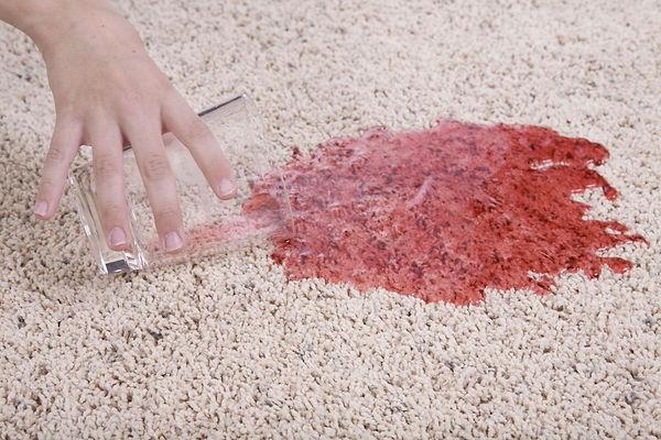 Удаление пятен с ковров