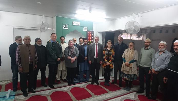 Mahabba-gruppen på besøg i Minhaj ul Quran moskéen