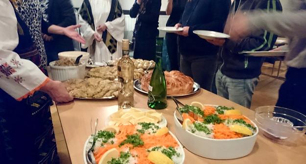 Fællesspisning efter den internationale gudstjeneste