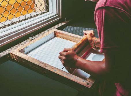 What is silkscreen printing?