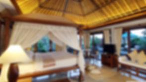 exotic_luxury_resort-wallpaper-2880x1620