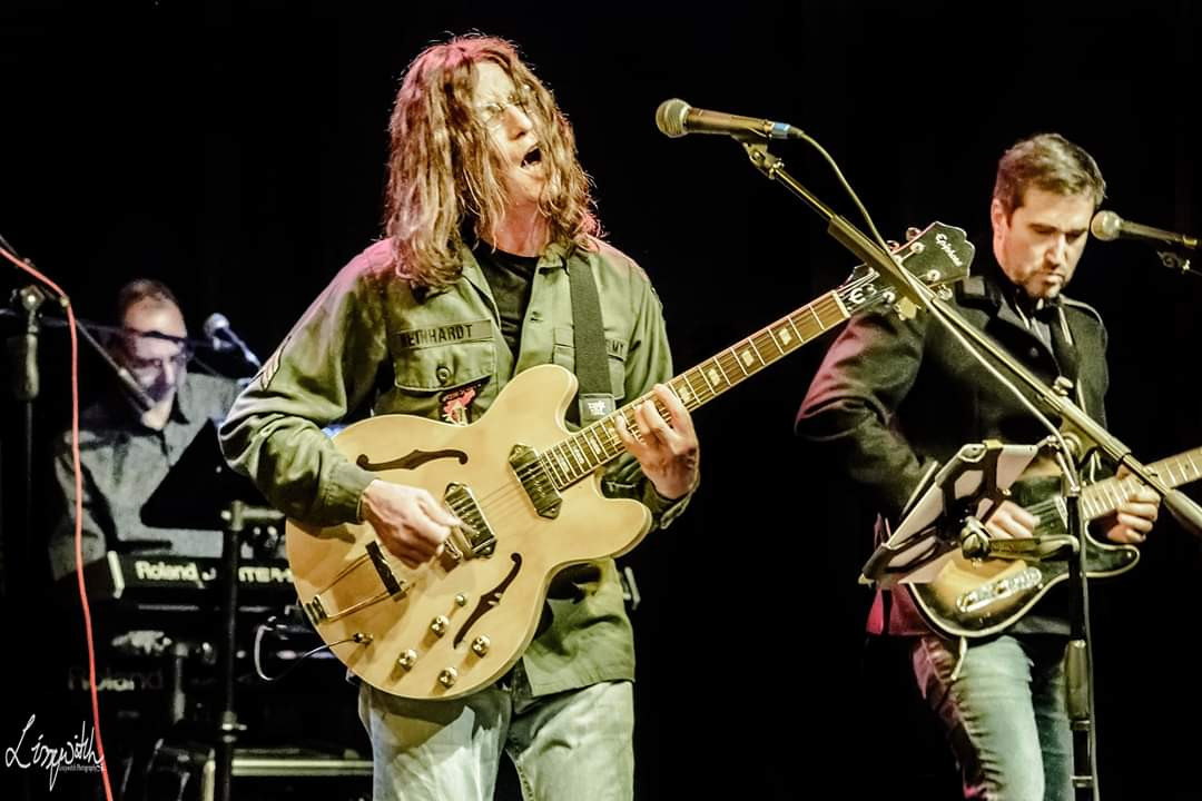 Lennon Tribute UK - live band