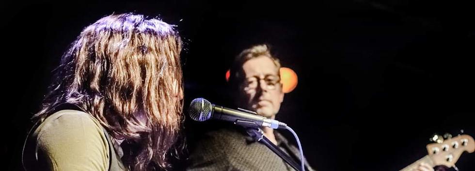 Lennon tribute kehyboards