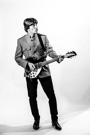 John Lennon Tributes Gaz Keenan in Shea Stadium outfit 3
