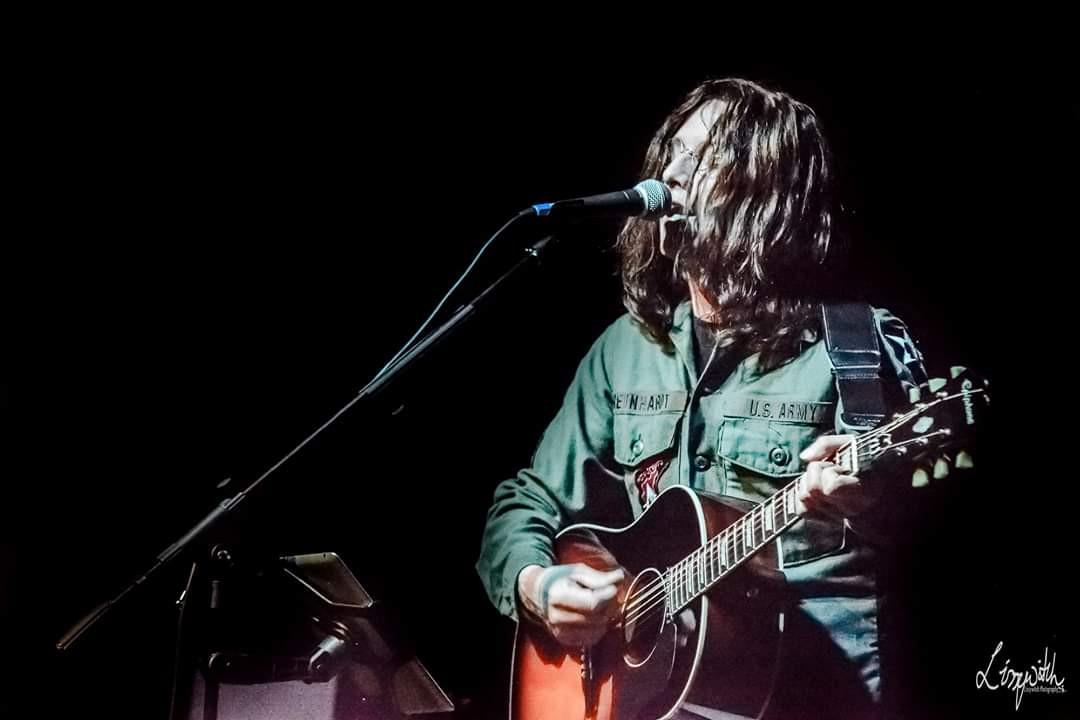 Lennon Tribute - John Lennon singing