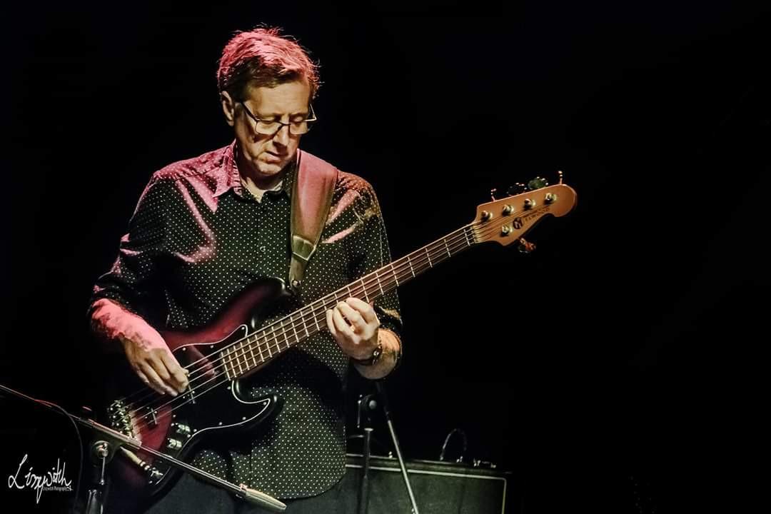Lennon Tribute - bassist