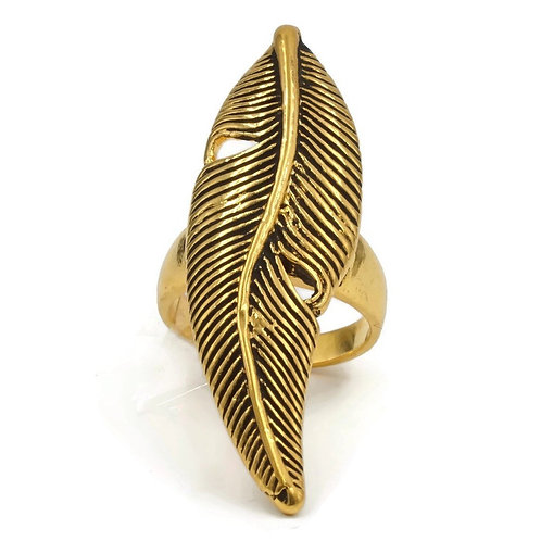 Heirloom Feather Gold Tone Fashion Ring