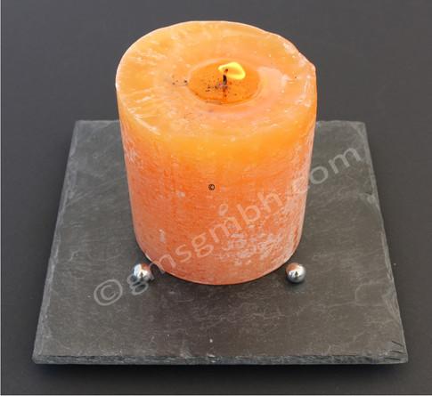 Lapis QB 20 x 20 - orangegelbe Kerze
