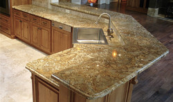 kitchen giallo chrystal granite