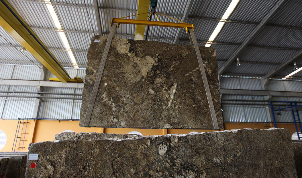 GOLDEN PERSIA GRANITE