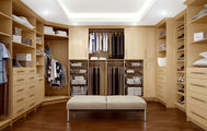 Closet Venetian Woodcraft