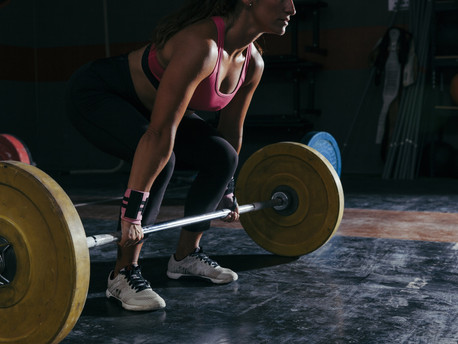 4 COMMON MYTHS ABOUT WOMEN AND FITNESS