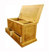 bedding chest