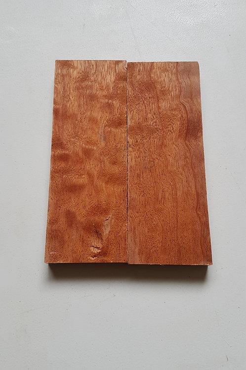 Rippled Mahogony scales ref 6