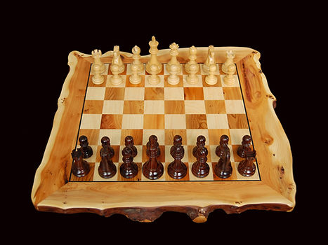 chess set yew.JPG