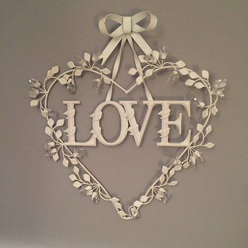 Metal Love Heart Wreath
