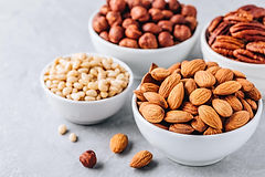 almonds-pecans-pine-nuts-and-hazelnuts-i