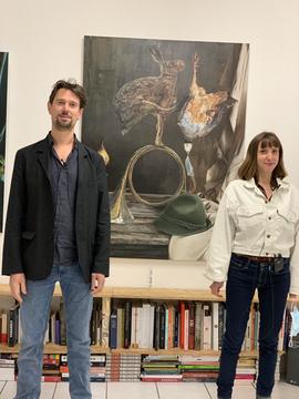 Leopold Rabus et Lucie Rico à la galerie du FILAF lors du vernissage de l'exposition Natures Mortes Acrobatiques 2020