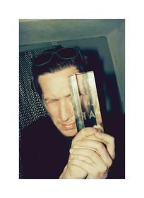 Le réalisateur Matthew Akers reçoit le FILAF d'Argent du meilleur f