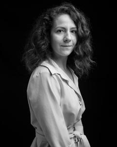 Roxane Rabieaux, chargée de communication, portrait par Pascal Ferro