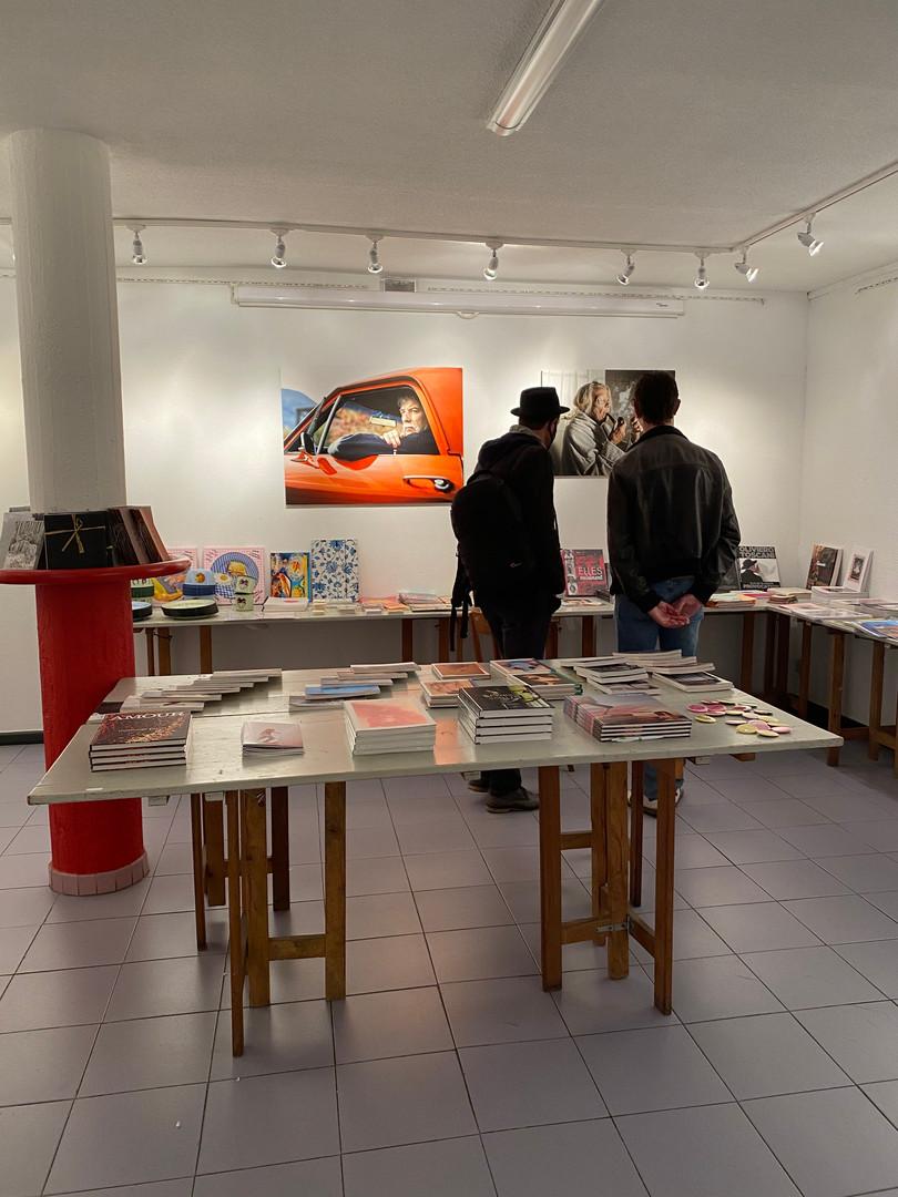 Installation de la Librairie éphémère au Centro Espagnol